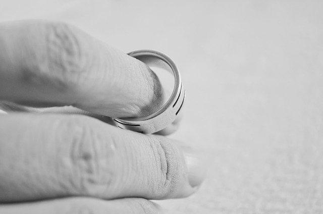 C.S acoge exequátur de solicitud de cumplimiento de sentencia de divorcio, dictada por tribunal español, solicitado de común acuerdo por cese de convivencia