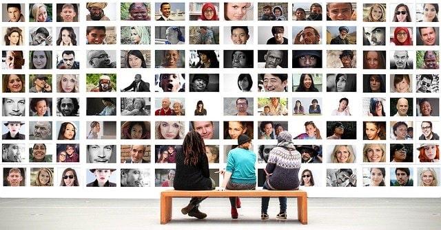 Usuarios chilenos en Facebook en cifras (2012).