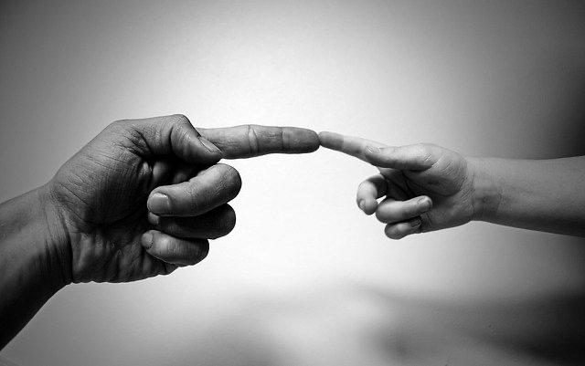 CORTE SUPREMA CONDENA A MUNICIPALIDAD A PAGAR INDEMNIZACIÓN DE 10.000.000 POR MUTILACIÓN DE DEDO EN PLAZA PÚBLICA.